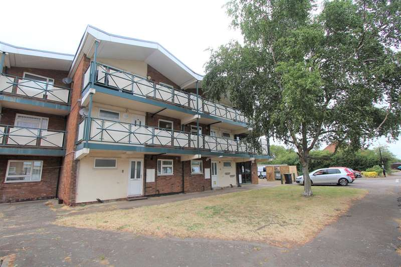 2 Bedrooms Flat for sale in Bilberry Road, Clifton, Shefford, SG17