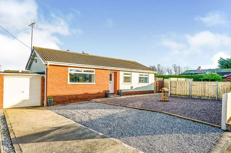 3 Bedrooms Detached Bungalow for sale in Cedar Avenue, Rhyl, Denbighshire, LL18