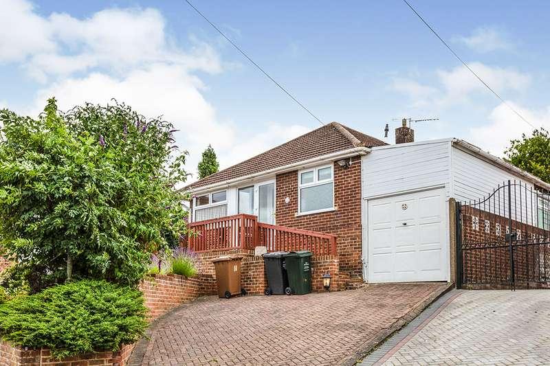 3 Bedrooms Detached Bungalow for sale in Dene Walk, Longfield, Kent, DA3