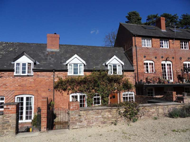 3 Bedrooms Terraced House for rent in Wellington Mill, Wellington, Hereford