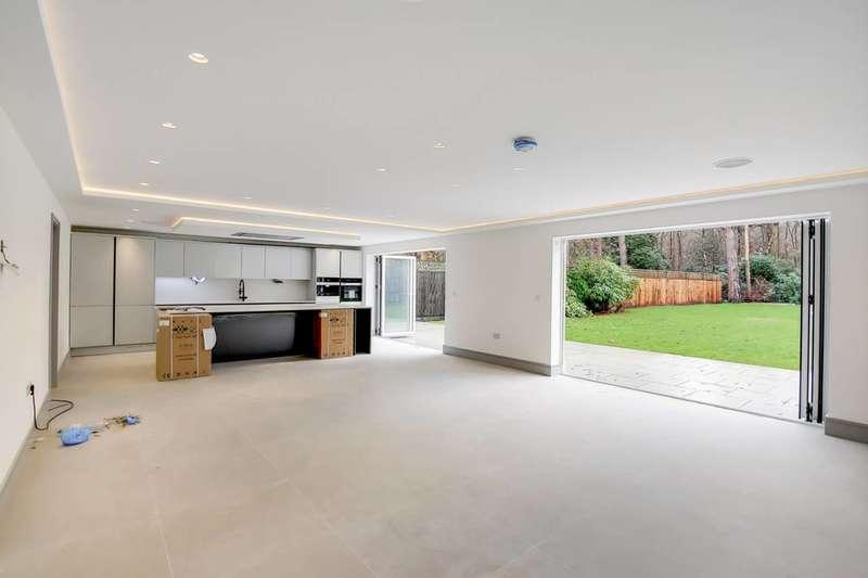6 Bedrooms Detached House for sale in Grange Gardens, Berkshire, SL2