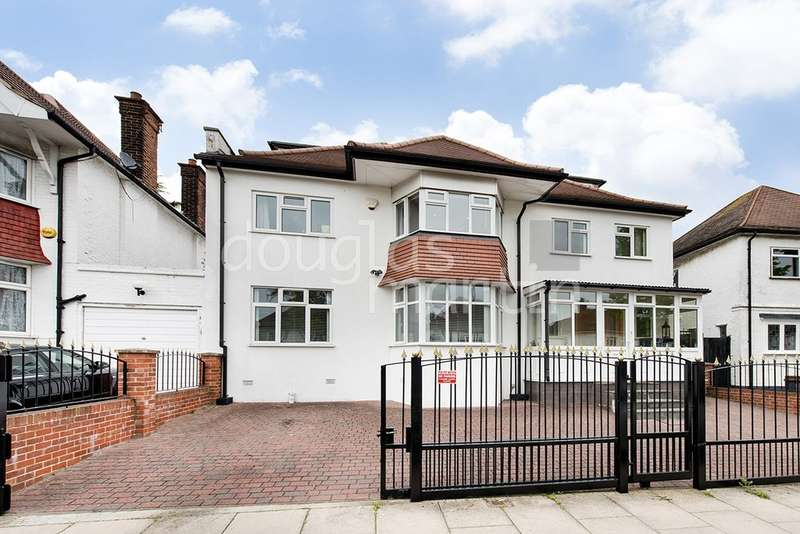 7 Bedrooms Detached House for sale in Alderton Crescent, London NW4