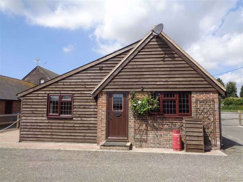 2 Bedrooms Cottage House for rent in Barnfield Farm, Ringmer, East Sussex