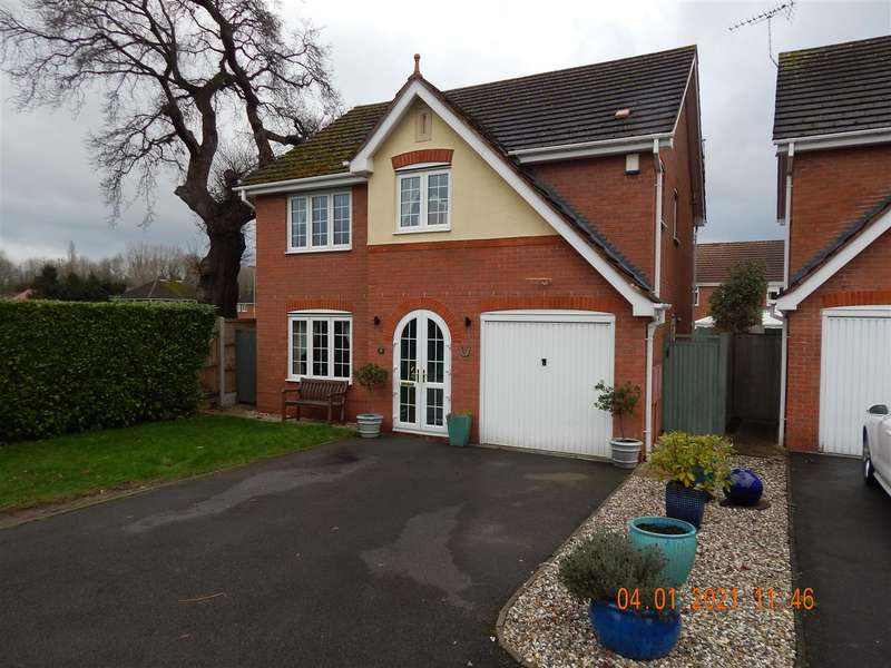 4 Bedrooms Detached House for rent in Hoveton Close, Redditch