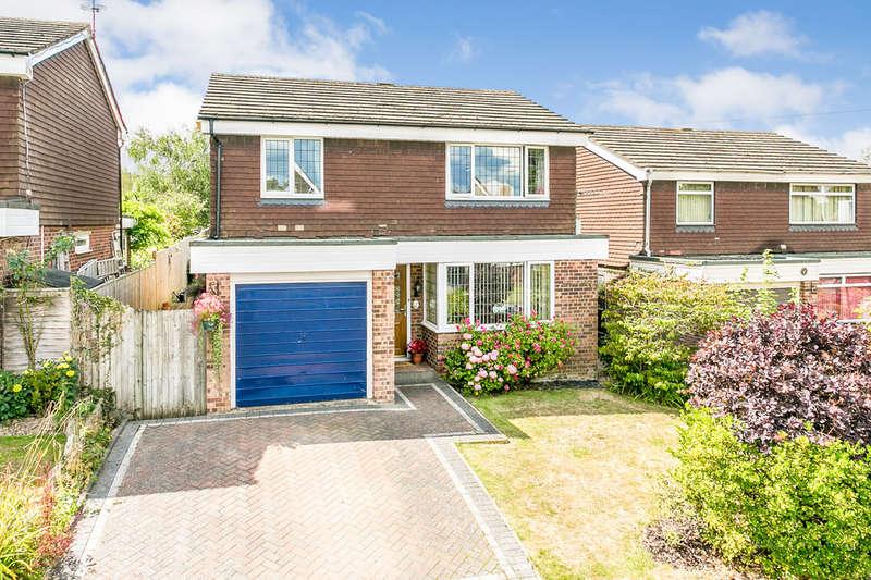 3 Bedrooms Detached House for sale in Leneda Drive, Tunbridge Wells