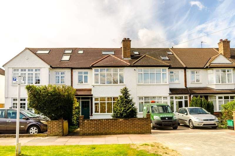 4 Bedrooms House for rent in Queen Anne Avenue, Bromley South, BR2