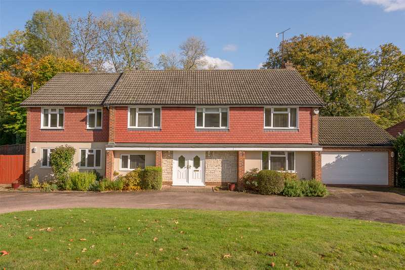 5 Bedrooms Detached House for sale in Church Hill, Merstham, Redhill, RH1
