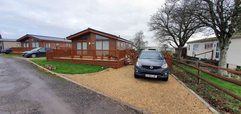 2 Bedrooms Mobile Home for sale in Bowdens Crest