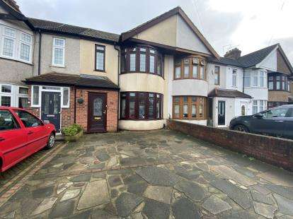 3 Bedrooms Terraced House for sale in Rainham, Havering, .