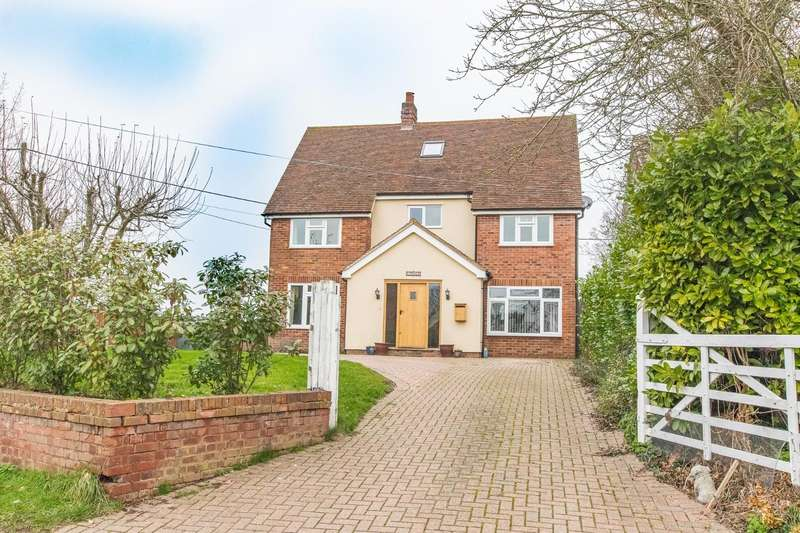 5 Bedrooms Detached House for sale in Tye Green, Good Easter, Chelmsford