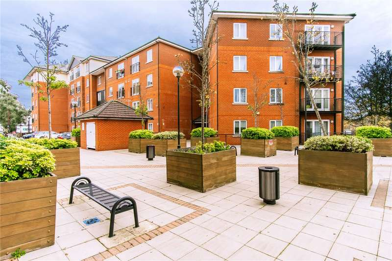 2 Bedrooms Apartment Flat for rent in Bishop's Stortford
