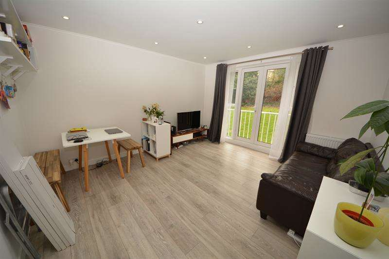 2 Bedrooms Apartment Flat for rent in Colney Hatch Lane, Muswell Hill, London