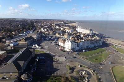 3 Bedrooms Flat for rent in Arlington House, Margate