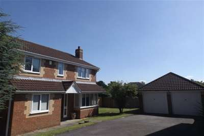 4 Bedrooms Detached House for rent in Symonds Close, Chandlers Ford