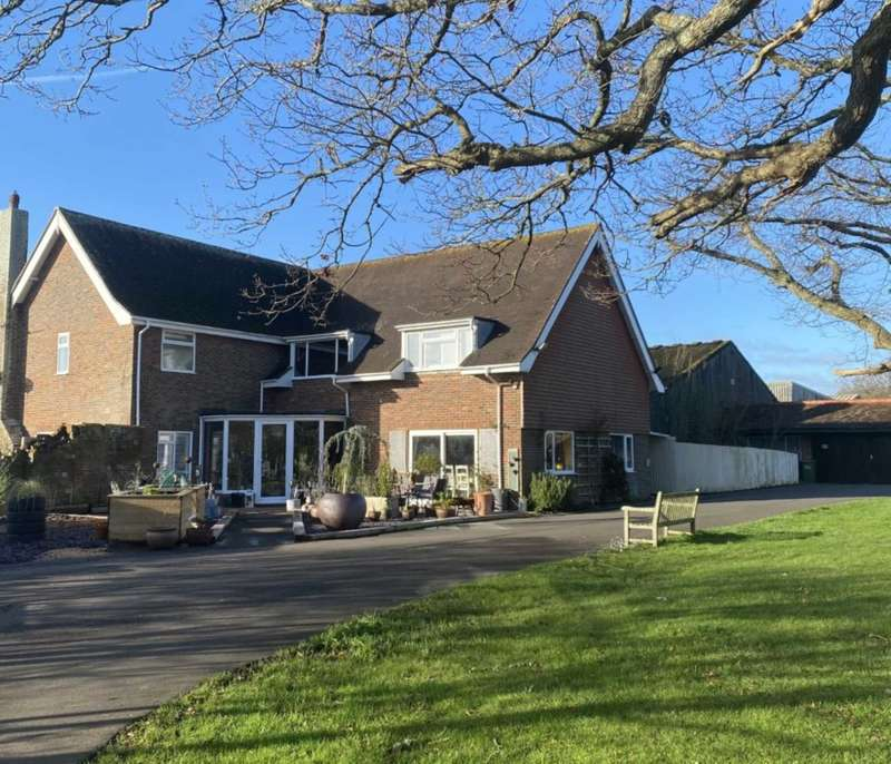 5 Bedrooms Detached House for sale in Mill Lane, Laughton