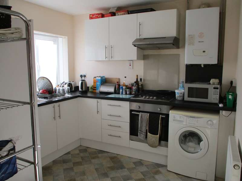 2 Bedrooms Flat for rent in Rosedale Road, Truro, Cornwall