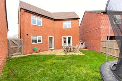 3 Bedrooms House for rent in Baum Drive, Mountsorrel, Leicestershire, LE12 7WW