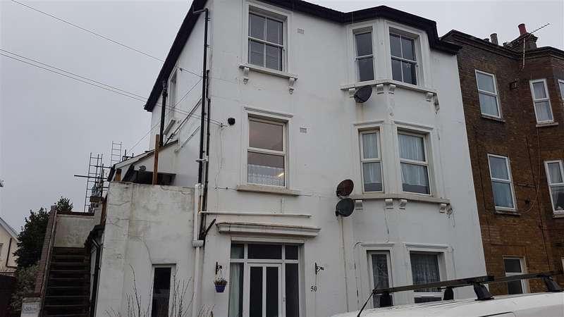 1 Bedroom Flat for rent in Albert Road, Hythe