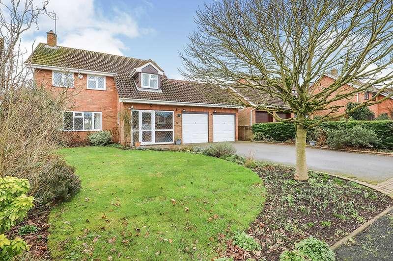5 Bedrooms Detached House for sale in Hawksmoor Drive, Perton, Wolverhampton, Staffordshire, WV6
