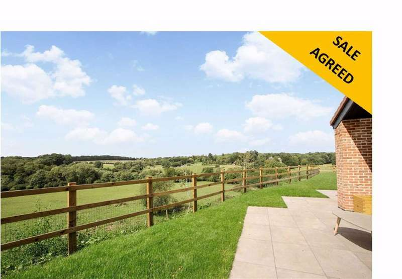 3 Bedrooms Property for sale in Ponsbourne Park, Newgate Street Village, Hertfordshire