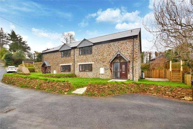 3 Bedrooms Semi Detached House for sale in Polperro Road, Looe, Cornwall