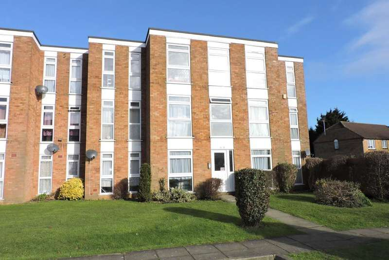 2 Bedrooms Flat for sale in Elderberry Close, Luton, Bedfordshire, LU2 8JD