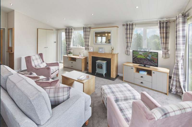 3 Bedrooms Lodge Character Property for sale in Ribble Valley Country Leisure Park, Lancashire, BB7 4JD