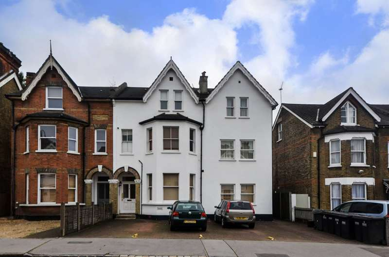2 Bedrooms Flat for sale in Woodstock Road, Croydon, CR0