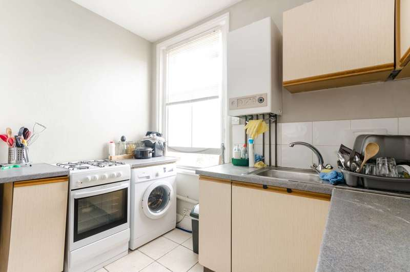 1 Bedroom Flat for sale in Lonsdale Road, South Norwood, SE25
