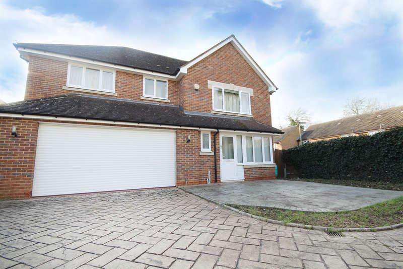 5 Bedrooms Detached House for sale in Manor Park, Staines-upon-Thames