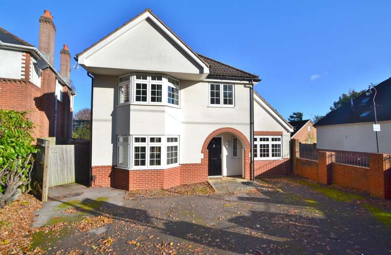 6 Bedrooms Detached House for sale in Chandlers Ford