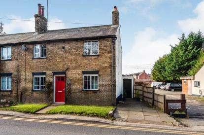 2 Bedrooms Semi Detached House for sale in High Street, Flitwick, Beds, Bedfordshire