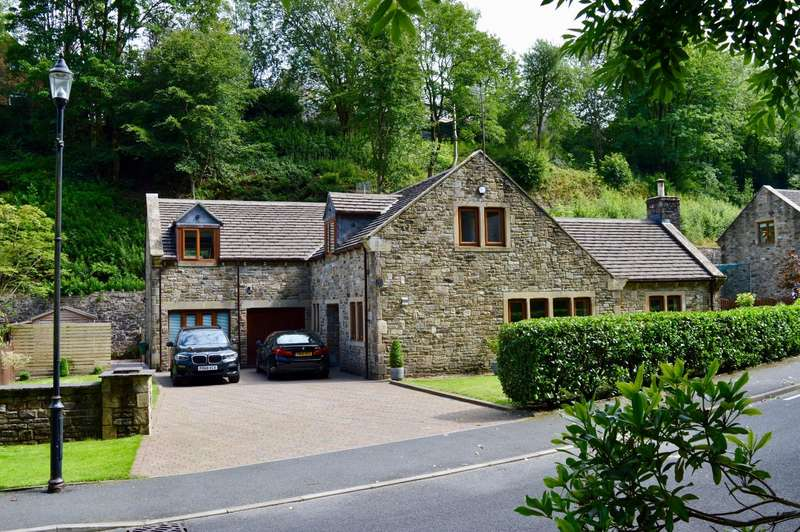 4 Bedrooms Detached House for sale in Sunny Bank Road, Helmshore, Rossendale