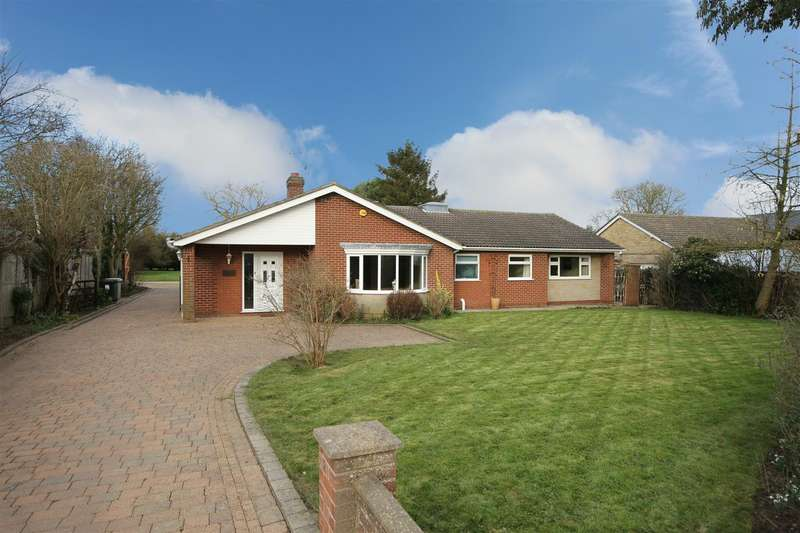 5 Bedrooms Detached Bungalow for sale in Main Road, Maltby Le Marsh, Alford
