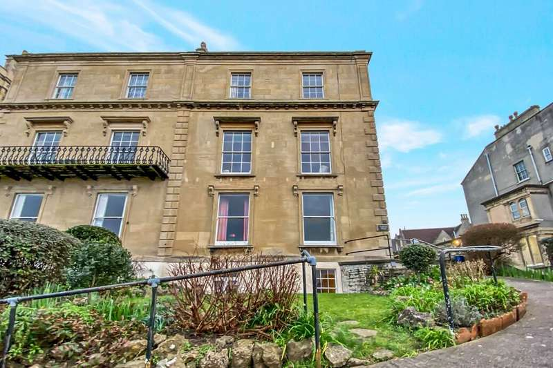 5 Bedrooms Flat for sale in Victoria Road, Clevedon, BS21