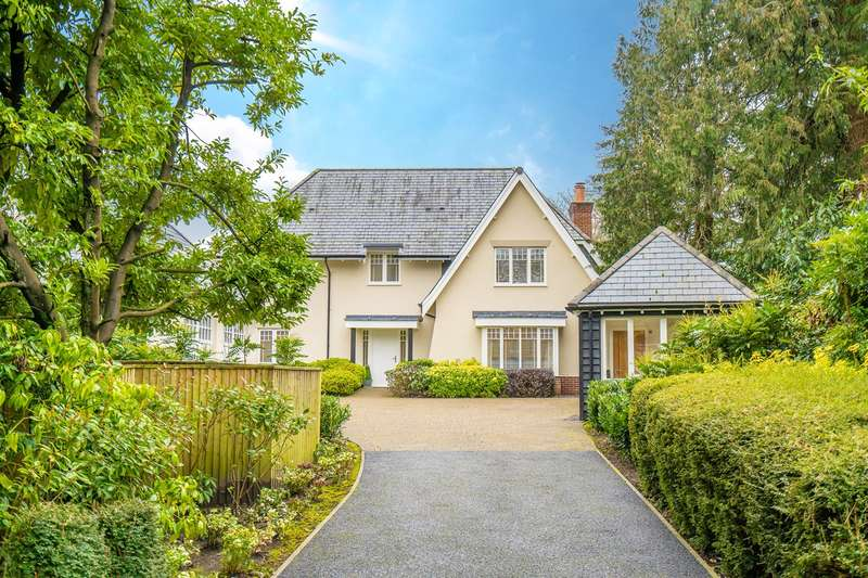 4 Bedrooms Detached House for sale in Berwick Road, Bournemouth, BH3