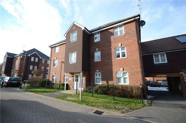 2 Bedrooms Apartment Flat for sale in Gomer Road, Bagshot