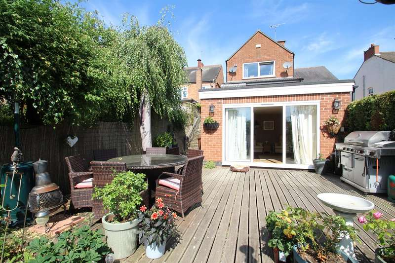 3 Bedrooms Detached House for sale in Woodgate, Rothley, Leicester