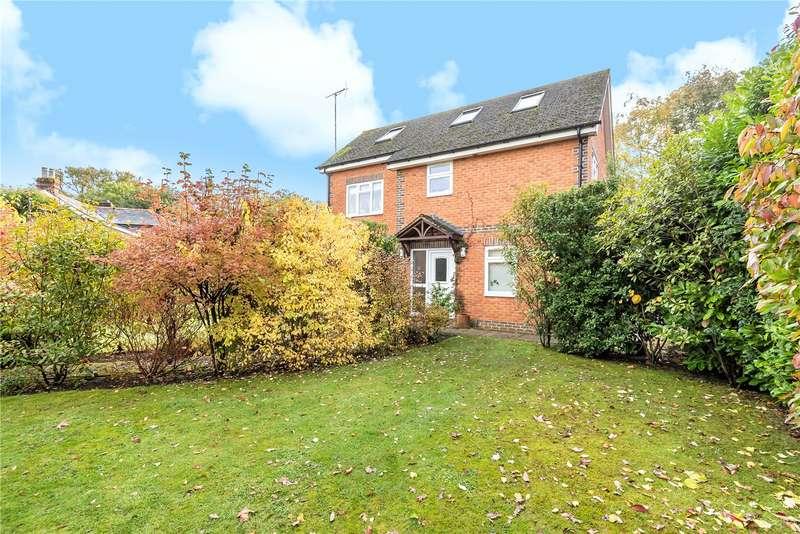 5 Bedrooms Detached House for sale in Khartoum Cottages, Windlesham Road, West End, Woking, GU24