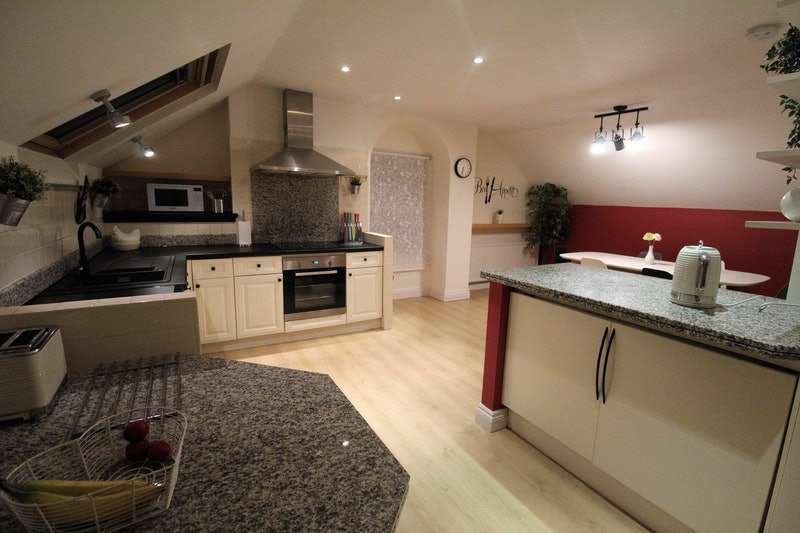 2 Bedrooms Flat for sale in Drury Lane, Lincoln, Lincolnshire, LN1