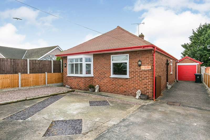 2 Bedrooms Detached Bungalow for sale in Shaun Close, Rhyl, Denbighshire, LL18