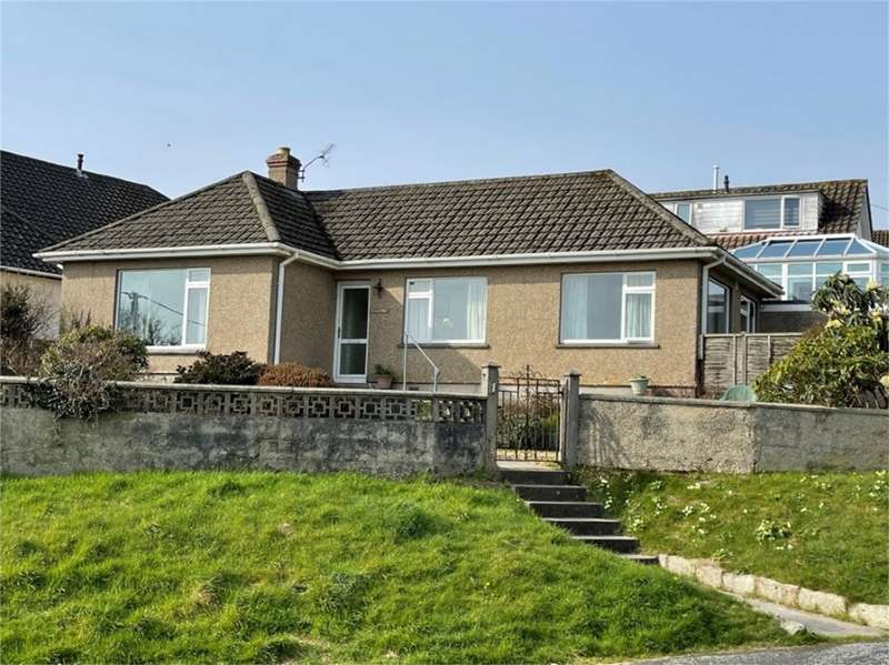 2 Bedrooms Detached Bungalow for sale in Penryn, Cornwall