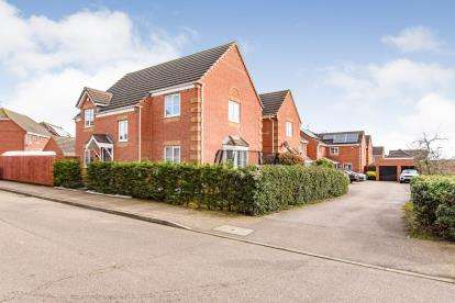 4 Bedrooms Detached House for sale in Brabazon Close, Shortstown, Bedford, Bedfordshire