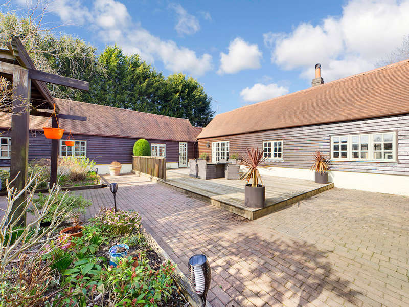 4 Bedrooms Unique Property for sale in Bognor Road, Rowhook