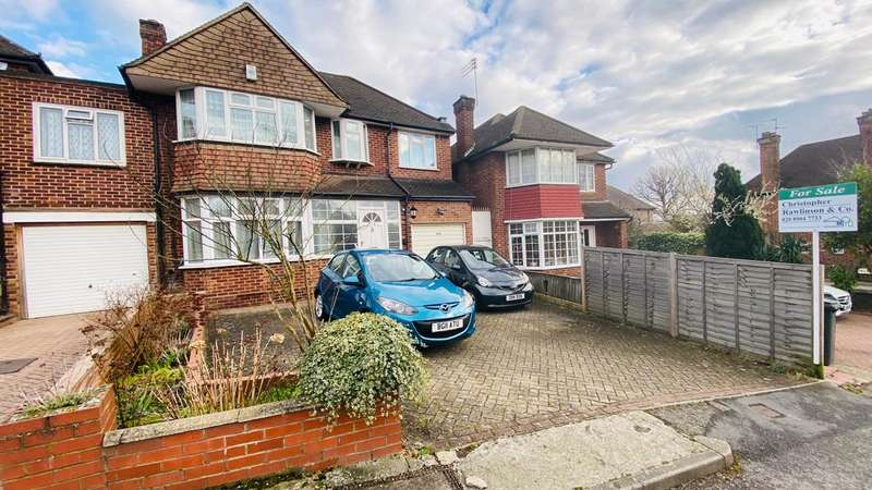 4 Bedrooms Semi Detached House for sale in Salmon Street, Kingsbury, NW9