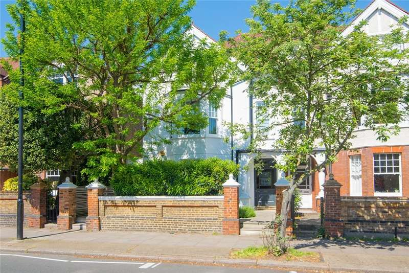 6 Bedrooms Semi Detached House for sale in Sutton Court Road, Chiswick W4