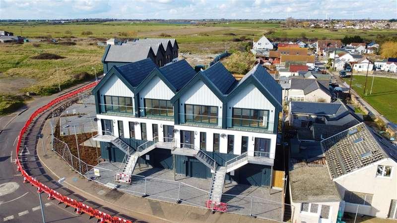 2 Bedrooms Terraced House for sale in Jaywick Sands Development, Jaywick