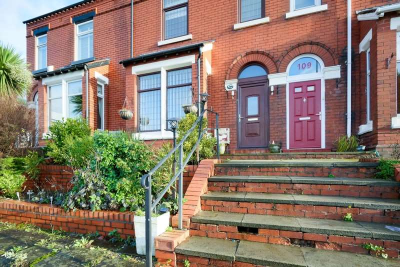 3 Bedrooms Terraced House for sale in Whelley, Wigan, Greater Manchester, WN1