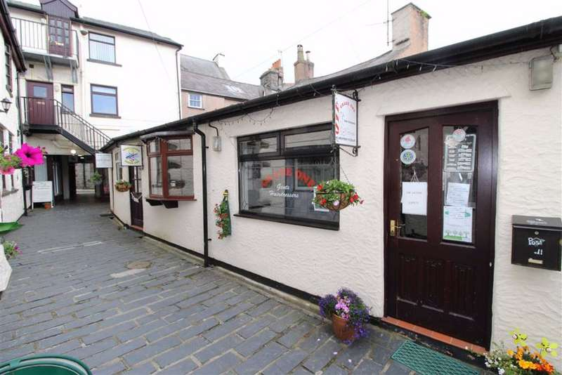Terraced Bungalow for sale in The Mews, Llanrwst
