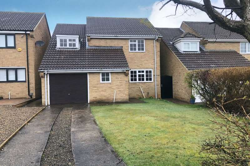 4 Bedrooms Detached House for sale in Farndale Drive, Guisborough, TS14